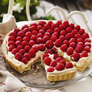 Raspberry Tart - Mom & Pops
